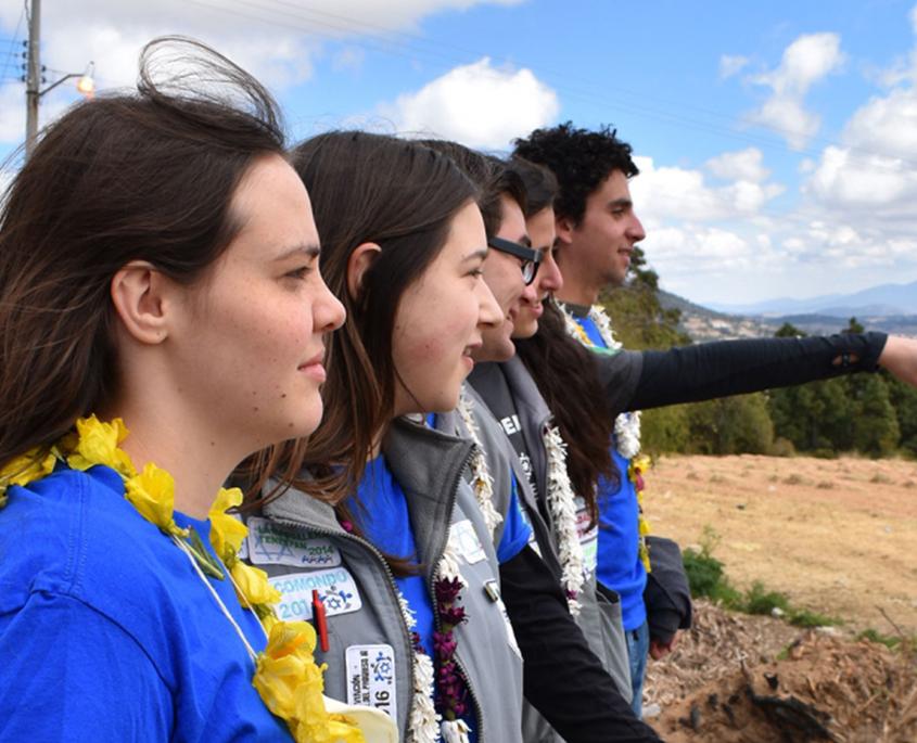 Jóvenes de CADENA miran al horizonte